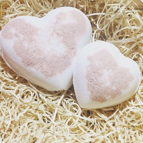 Coconut Bath Heart with Coconut Oil