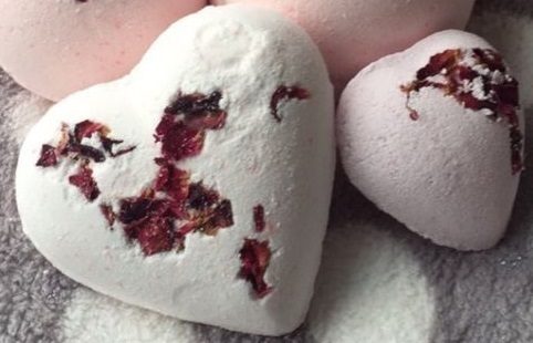 Elegance Bath Heart with Dried Rose Petals and Shea Butter.