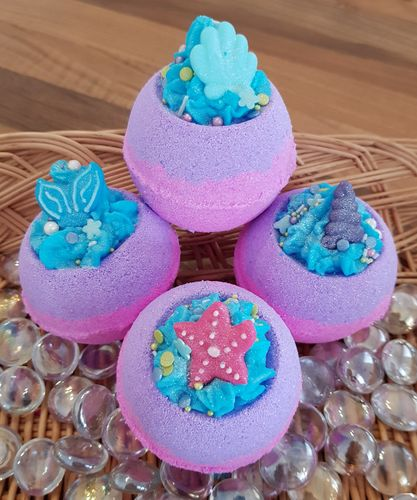 Mermaids Dream Bath Bomb with Shea Butter