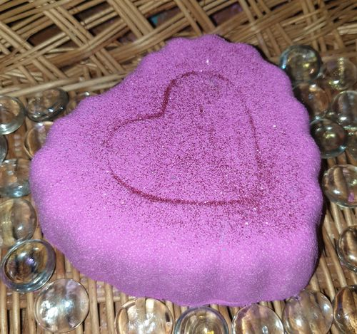 Pink Jumbo Heart Bath Bomb - Wow! Approx 240g