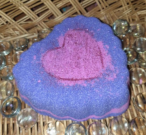 Pink & Purple Jumbo Heart Bath Bomb - Wow! Approx 240g